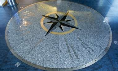 Waterjet cutting and its results: top quality and highly aesthetic.